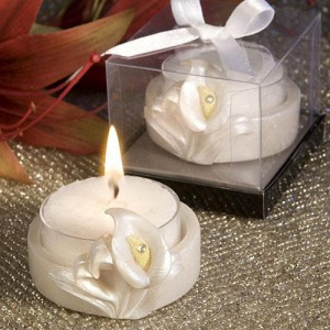 Pretty Calla Lilly Design Favor Saver Candle