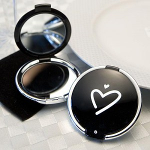 Styling Black Heart Design Compact Mirror Favors