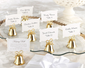 kissing bell wedding favors