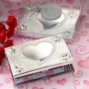 compact wedding favors