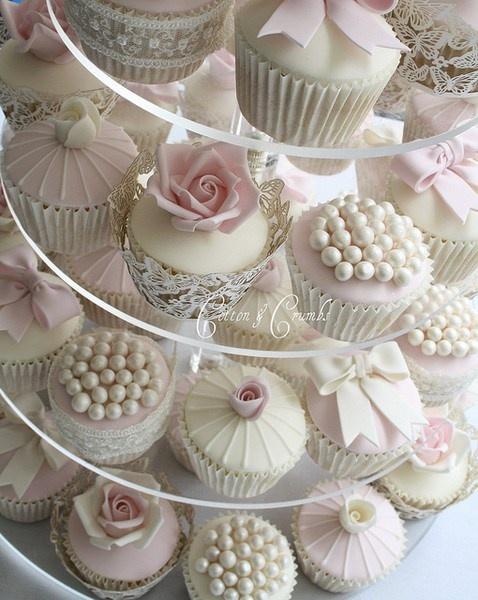 Elegant, Feminine Wedding Cupcakes