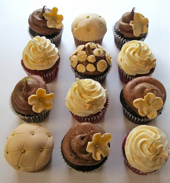 Brown and Warm Yellow Wedding Cupcakes