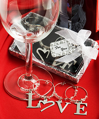 LOVE Wine Charms wedding favors