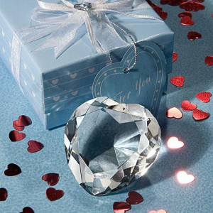 Choice Crystal Heart Design Paperweight wedding favors