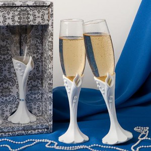 Calla Lily Design Toasting Flutes wedding favors
