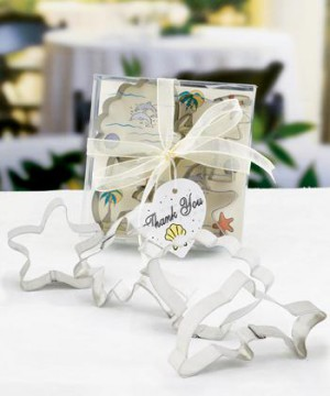 Beach-themed Cookie Cutter Sets wedding favors