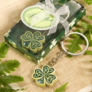 Shamrock/Trinity Love Knot Key Rings wedding favors