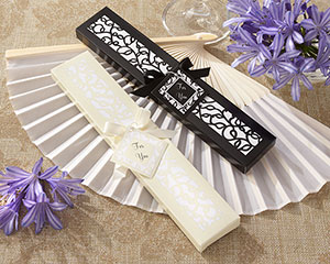 Luxurious Silk Fan in Elegant Gift Box wedding favors