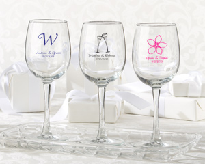 Personalized Wine Glass 12 oz wedding favors