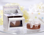 """Bun in the Oven"" Scented Candle wedding favors"