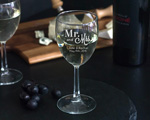8.5 oz Personalized Wine Glass  wedding favors